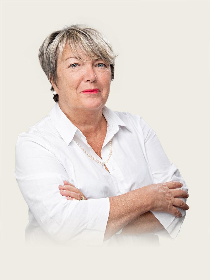 Sylvie LEPERS, Chargée du back office
